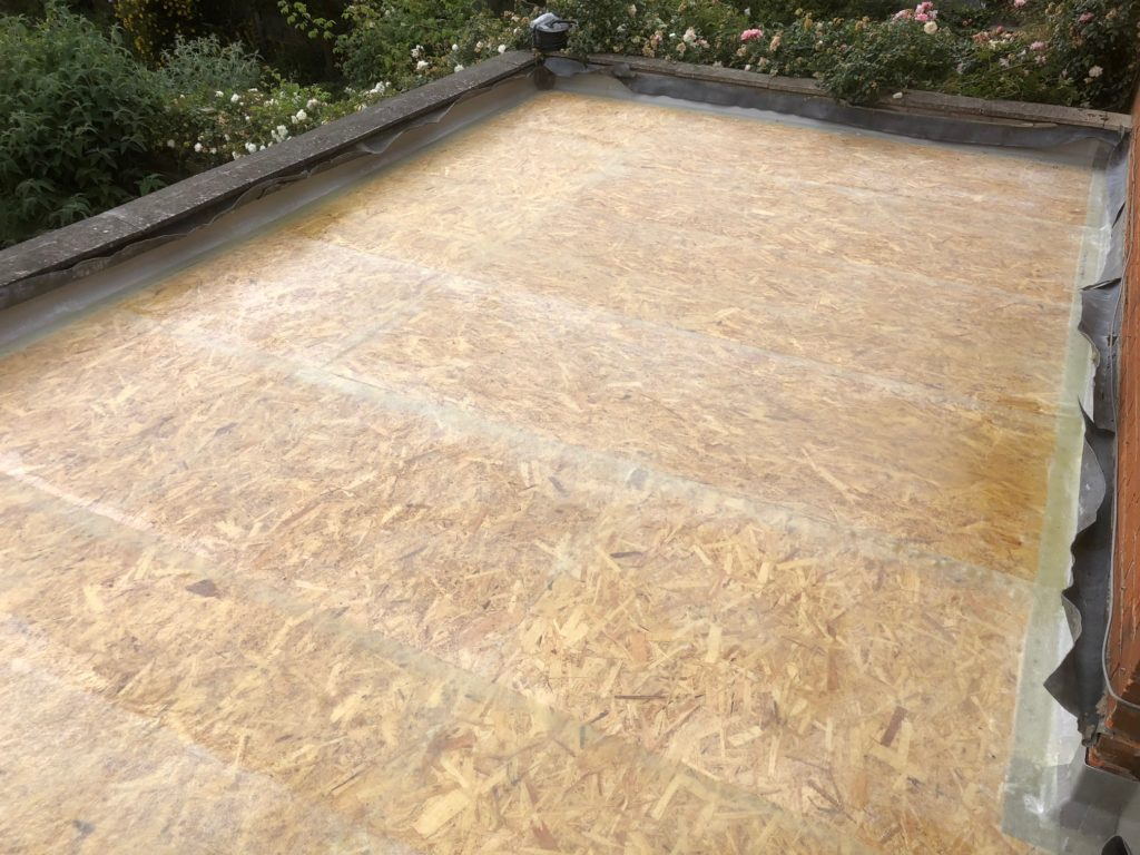 Faulty Poorly Installed Grp Fibreglass Roof By Previous Contractor To New Single Storey Extension Homewood Build